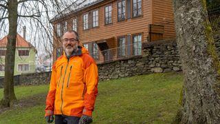 – Det er ekstremt viktig å gjøre noe selv, sier klimaforsker Kerim Hestnes Nisancioglu. Han har gjort det 141 år gamle huset til en nullutslipps energifabrikk.