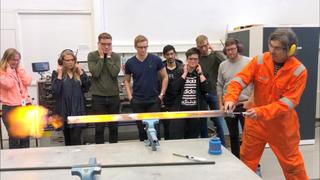 Her står ingeniørjobbene i kø – men få vil studere faget
