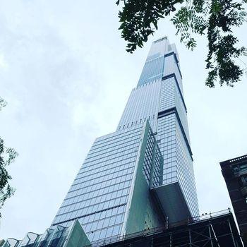 Central Park Tower verdens høyeste bolig extell new york konstruksjon stål betong vindlast gravitasjonskrefter utkraging adamson