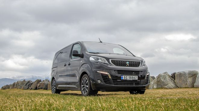 Peugeot e-Traveller 75 kWh.