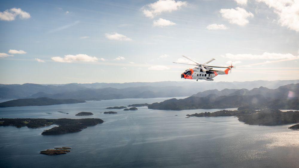 AW101 Sar Queen rett nord for Uskjo øst for Stavanger samme dag som det overtok beredskapen på Sola for sju og en halv måned siden.