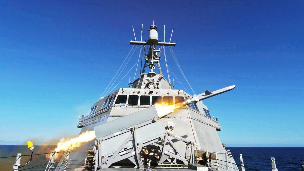 Kryssermissilet NSM ble testskutt fra USS Gabrielle Giffords 19. mars 2021.