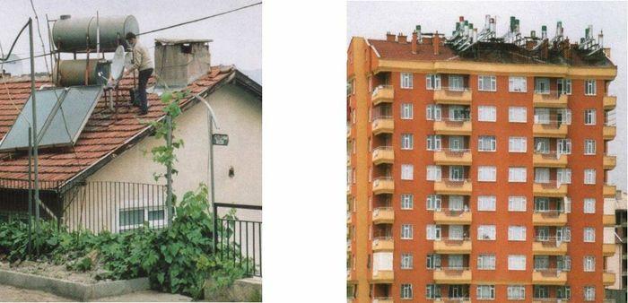 """Figur 1. Solpaneler på tak i Syd-Europa begynte for 30-40 år siden å ødelegge den vakre """"skyline"""". Det er ikke slik vi vil ha det. Arkitekter og byplanmyndigheter må engasjere seg for å hindre dette. Bildet er tatt i Hellas."""