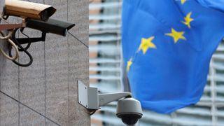 Overvåkningskameraer ved EU-kommisjonens lokaler i Brussel.