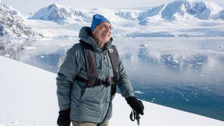 Arne (85) er ansatt som rådgiver i norsk IT-selskap. En veldig god ide, sier NTNU-ekspert