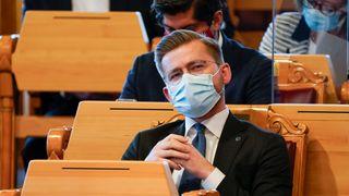 Klima- og miljøminister Sveinung Rotevatn (V), her i stortingssalen.