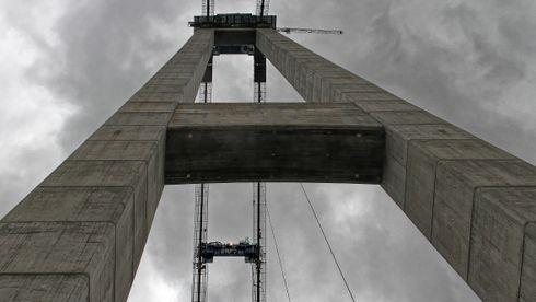 Vi bruker nok betong til å bygge 32 søyler til månen hvert eneste år
