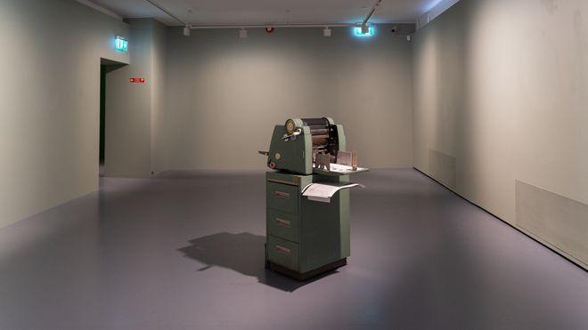 Ingeniørkunsten har rykket inn i Bergens museumsverden. Her en Gestetener 366.