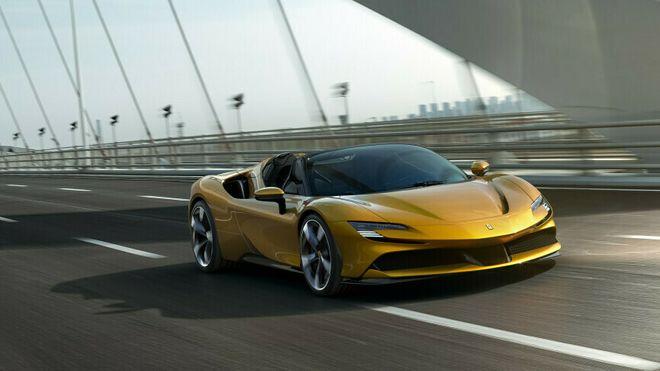 Holdningen til elbiler har endret seg voldsomt i Ferrari, etter hvert som selskapet har byttet toppleder. Nå skal deres første elbil lanseres om fire år.