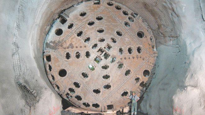 Tunnelboremaskinen Elektra er foreløpig satt på pause mellom Danderyd og Hammarby Sjöstad. Tunnelstrekningen er en del av City Link, et prosjekt som skal knytte Stockholm sammen med et moderne høyspentnett.