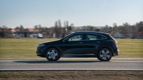 Test av Mercedes-Benz EQA: Overlegen på hurtiglading, elegant infotainment, men hvorfor er den ikke mer romslig?