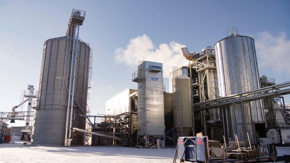 Arbaflames fabrikk på Grasmo utenfor Kongsvingerer testkjørt og gir den ønskede kvaliteten. I løpet av sommeren skal den produsere for fullt.