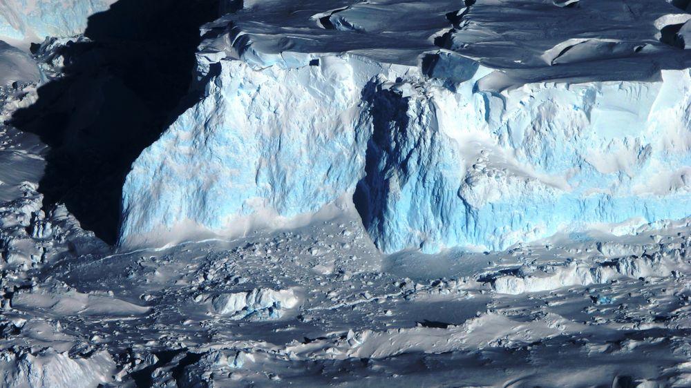 Om oppvarmingen når 3 grader, vil det ifølge forskerne blant annet føre til at smelting fra Thwaites-breen i Antarktis leder til at havnivået stiger.