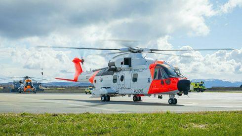 Kostnadssmell for nye redningshelikoptre: Peker på forsinkelser og ombygging på sykehus