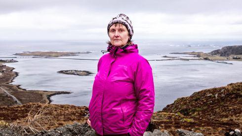 Lisbeth Marie Austnes er ny leder i «Nei til vindkraft på Haramsøya» etter Birgit Oline Kjerstad som ble valgt til førstekandidat for SV i Møre og Romsdal til stortingsvalget i høst.