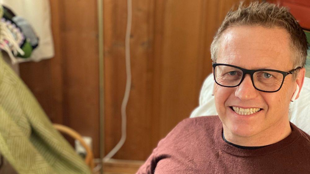 Sjefforsker Nils Brede Moe ved Sintef tror ikke på at folk vil dra på jobben for å sitte i digitale møter hele dagen.