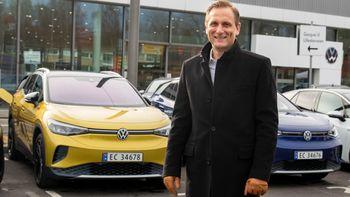 Elektrifisering har blitt Møller Mobility Group sin nye ID, og i år har de ekstra stor tro på Volkswagens ID.4 og Skoda Enyaq. Om kort tid lanseres også Audi Q4 e-tron og Cupra Born. – Elbilporteføljen vår vokser seg stadig sterkere, og vi har store forventinger til 2021, sier konsernsjef Petter Hellmann.