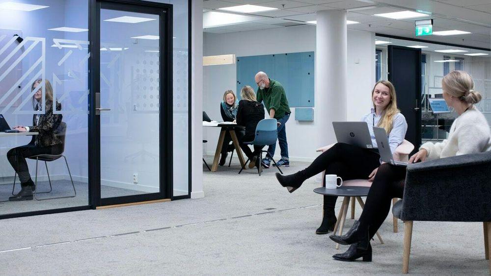 Når det nye regjeringskvartalet er ferdig, vil smittesituasjonen påvirke hvor mange som er på kontoret.