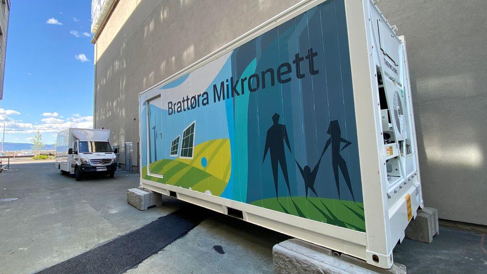 En nederlandsk batterikonteiner er på plass og klar for mikronett på Brattørkaia i Trondheim.