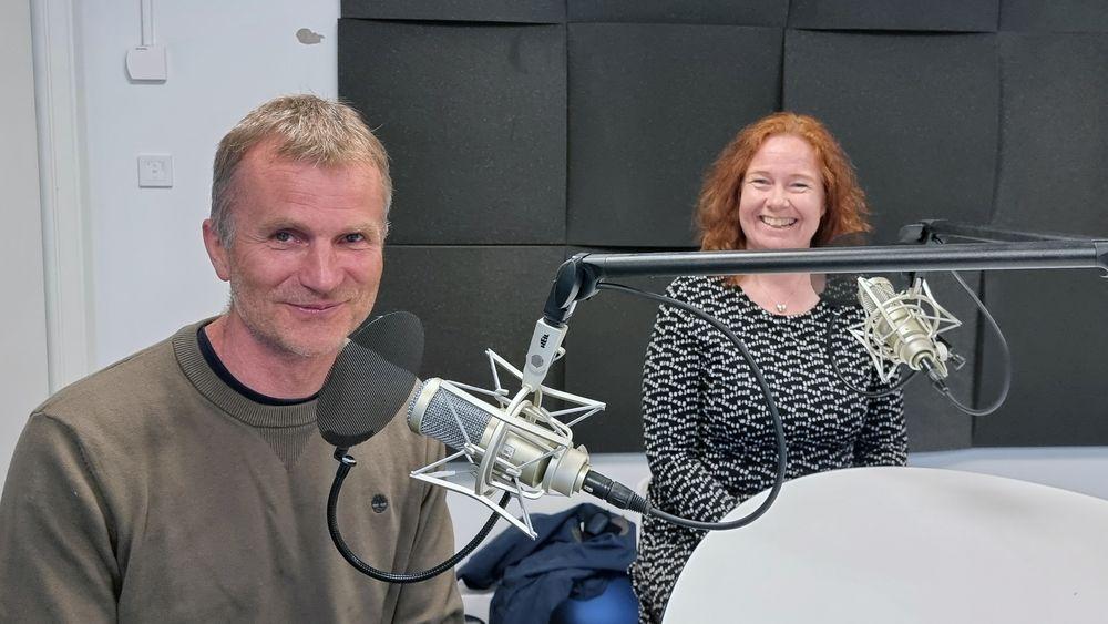 Teknologidirektør i Telenor Norge Ingeborg Øfsthus og sjefsarkitekt Petter J. Aglen.