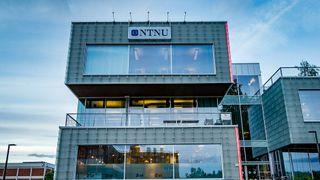 NTNU strammer nå inn på datasikkerheten, noe som berører svært mange studenter og ansatte.