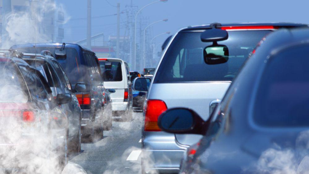 Mer enn åtte millioner mennesker døde i 2018 for tidlig på grunn av forurensning fra fossile brensler, som kull og diesel fra industri og transport.