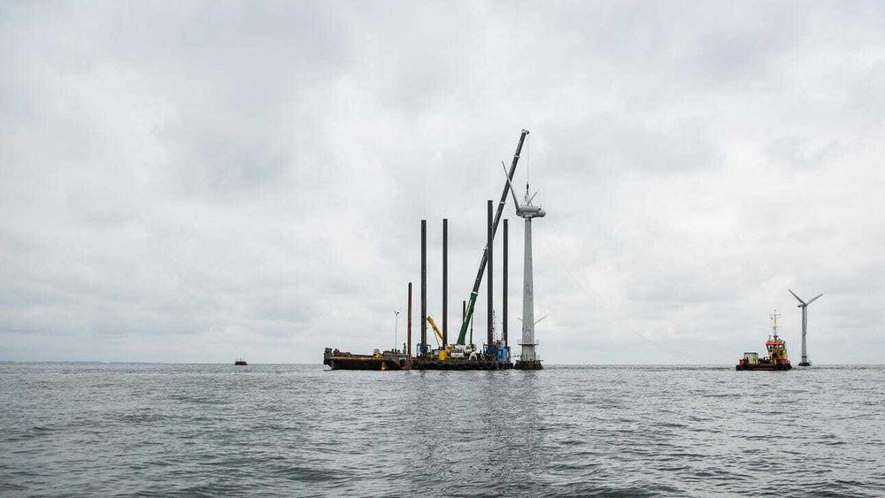 Verdens første: I 2017 ble Vindeby, verdens første havvindpark, dekommisjonert.