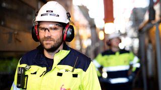 Mindre støy, nedetid og vedlikehold: Kraft fra land gir bedre arbeidsmiljø