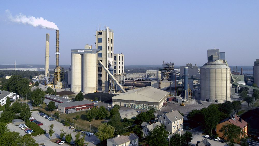 Cementa vil fange 1,8 millioner tonn CO2 i året fra sementfabrikken i Slite på Gotland.
