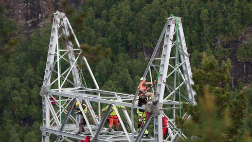 Byggingen av kraftledningen gjennom Hardanger for ti år siden ble møtt med kraftige protester.