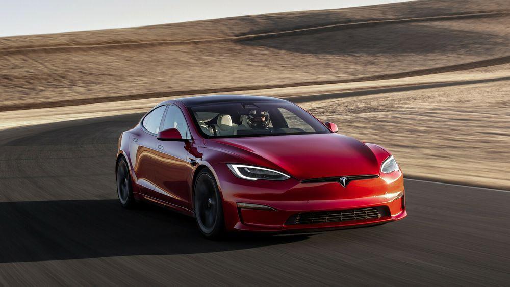 Tesla Model S Plaid leveres nå til de første kundene i Nord-Amerika.