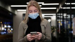 Nordmenn rammes for tiden av hyppige forsøk på mobilsvindel, en del av et omfattende internasjonalt angrep. Telenor advarer sine kunder om å ikke trykke på ukjente lenker.