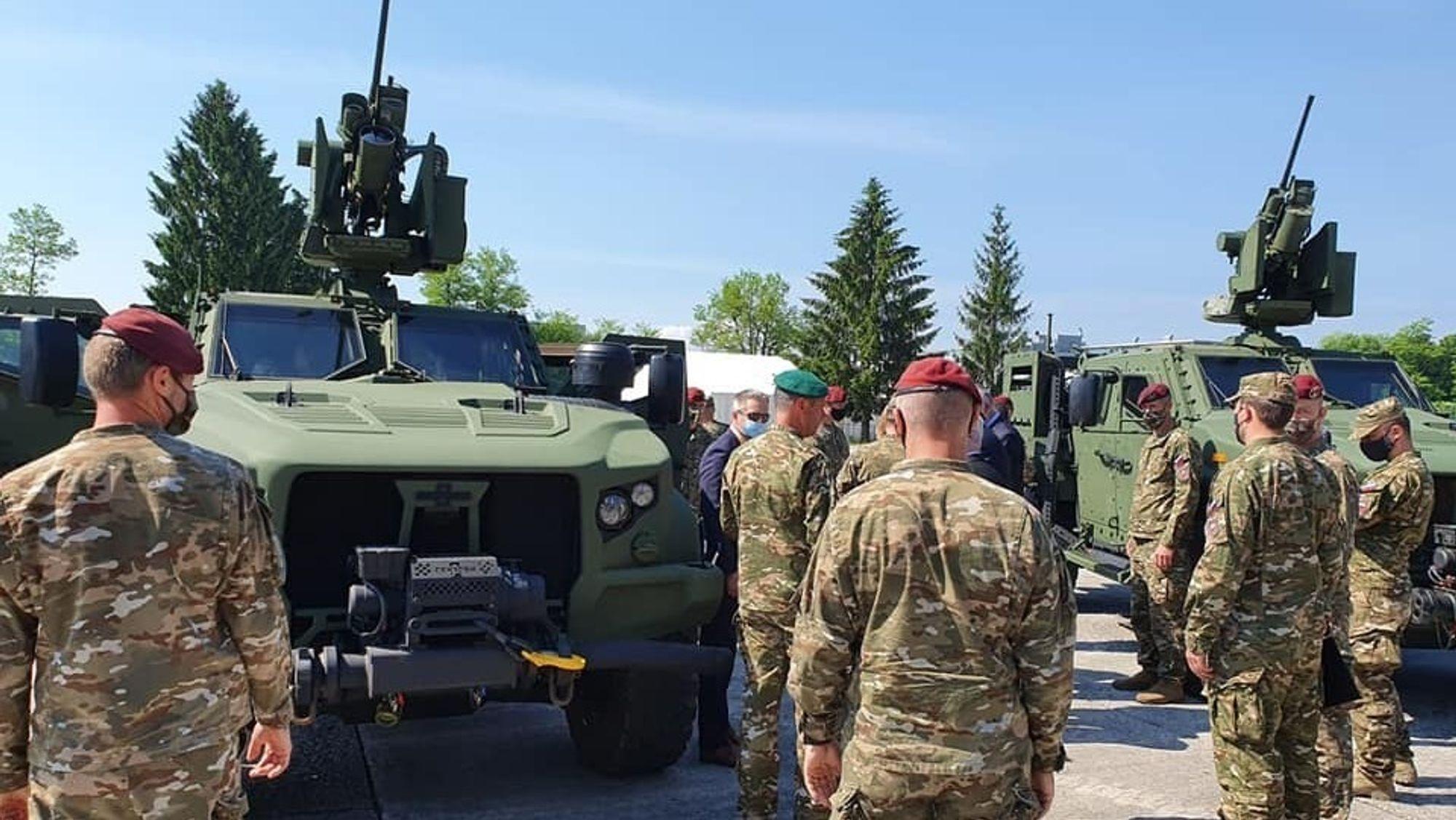 Den slovenske hæren er i ferd med å erstatte Humvee med JLTV, og med nye feltvogner får de fjernstyrte våpenstasjoner fra Kongsberg på kjøpet.
