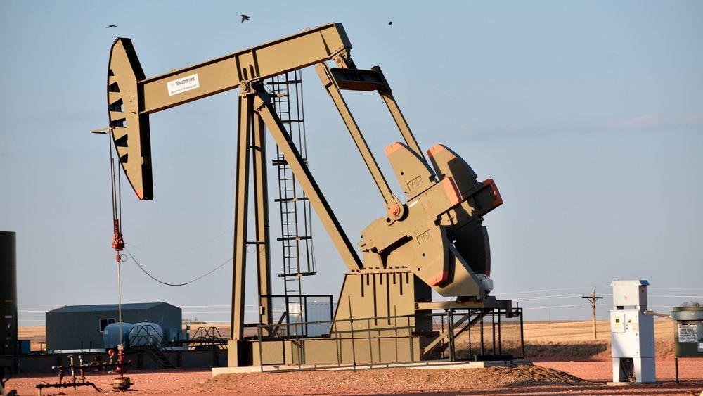 Biden-administrasjonens ordre om midlertidig stans i ny olje- og gassleting på føderal grunn blir blokkert av en føderal dommer i Louisiana.