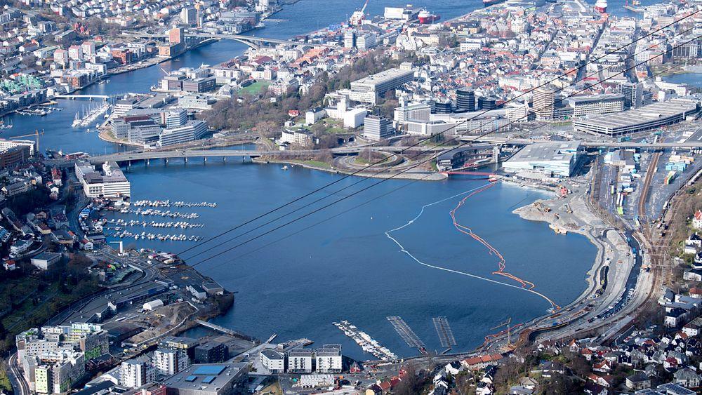 Bergen sliter tidvis med dårlig luftkvalitet, men kommer best ut av de norske byene EUs miljøbyrå (EEA) har undersøkt.