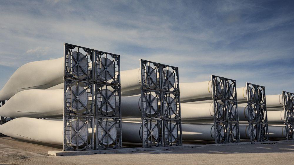 Bransjen vil ha slutt på deponering av turbinblader fra vindkraftverk. Nå ber de EU innføre forbud.