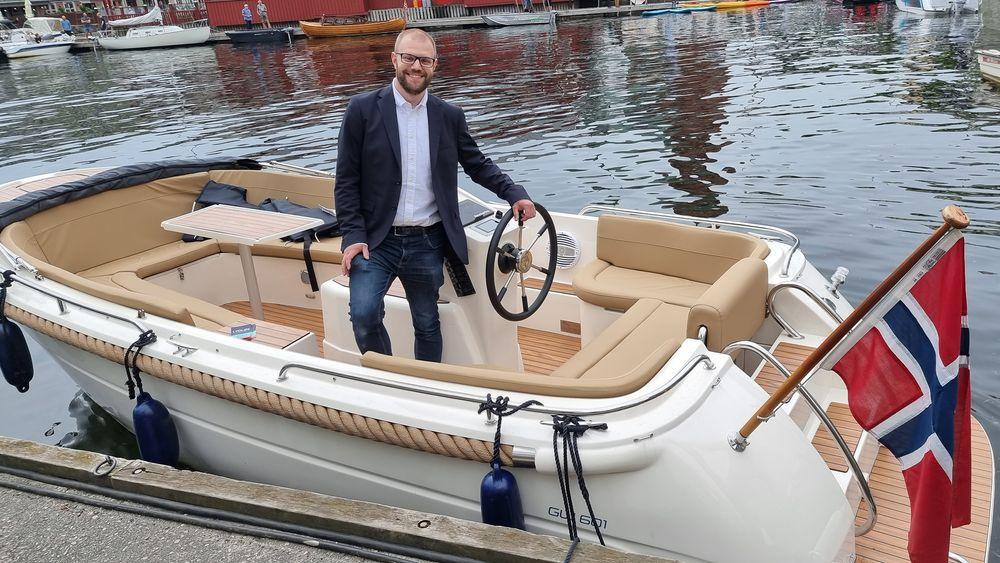 Teknologisjef Jakob Storjord Anderson i GreenWave lever og ånder for elektriske båter.