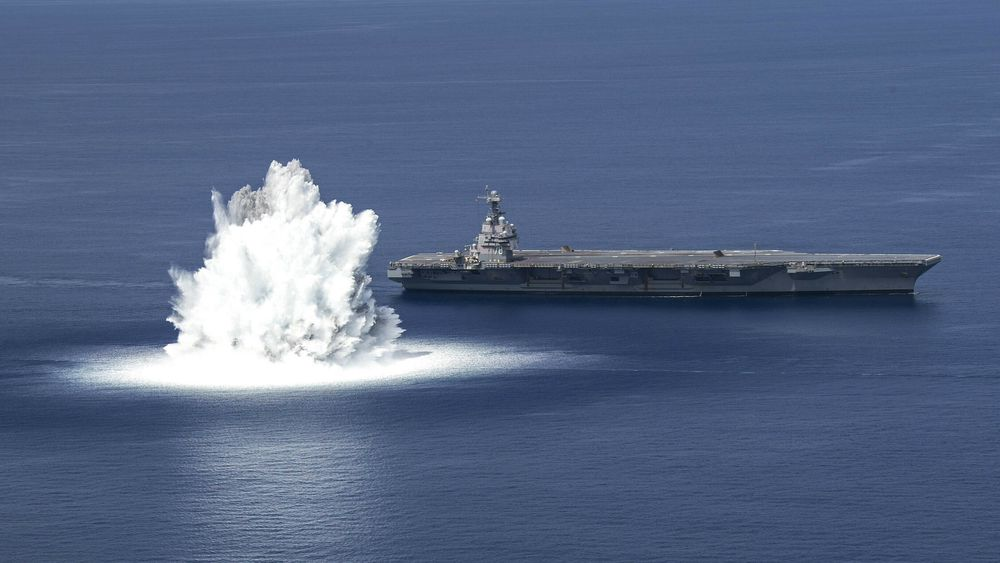 «Full Ship Shock Trials» (FSST) av det nye hangarskipet USS Gerald R. Ford fredag 18. juni 2021.