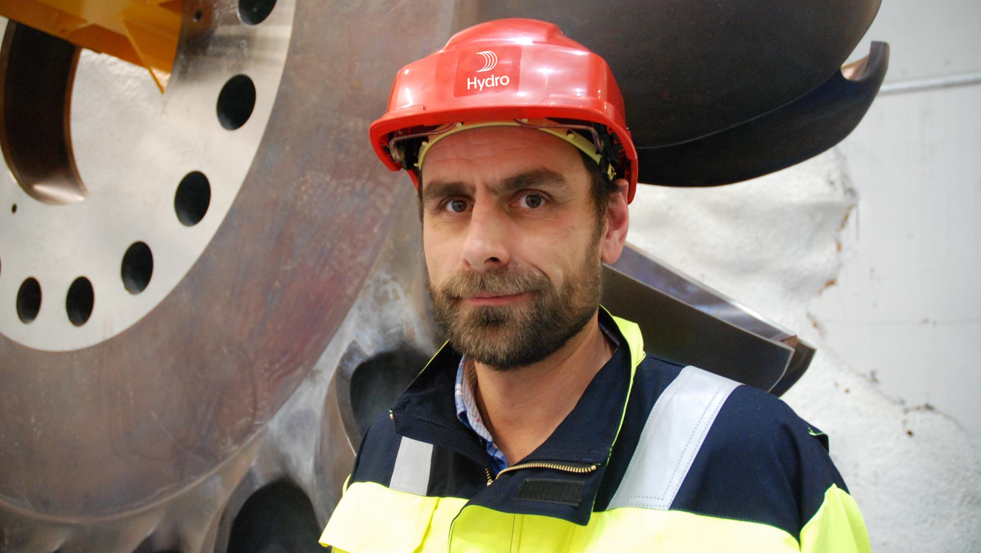 Bjørn Kjetil Mauritzen, ansvarlig for bærekraft i Hydro, argumenterer for hvordan ingeniører og designere kan bruke sin materialkunnskap til å fremskynde det grønne skiftet.