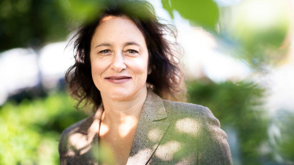 Donatella De Paoli, førsteamanuensis Institutt for ledelse og organisasjon ved BI i Oslo, mener norske ledere må ruste seg for dårligere tider.