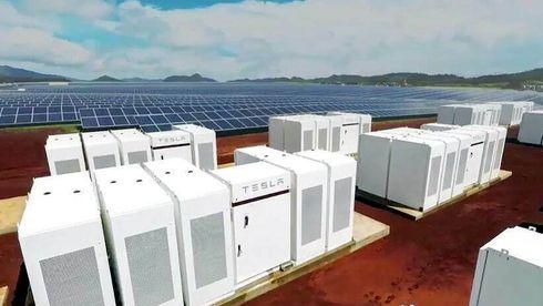 Solenergi med batterier vil være billigere enn gasskraft i 2030