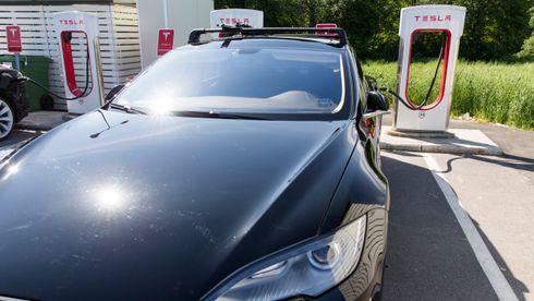 Tesla søker om støtte til å etablere ladestasjon