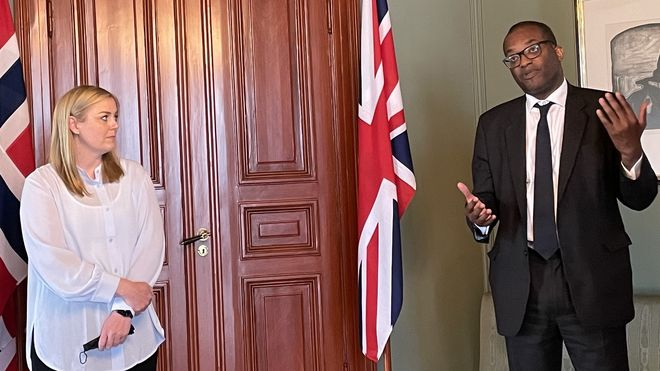 Britisk energiminister ønsker ny strømkabel fra Norge så snart som mulig