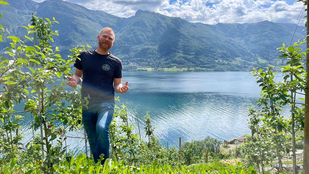 – Jeg liker å gå vitenskapelig til verks, være nøyaktig og sikre en kontrollert prosess, sier kjemi-utdannede Olav Bleie ved Alde gård.