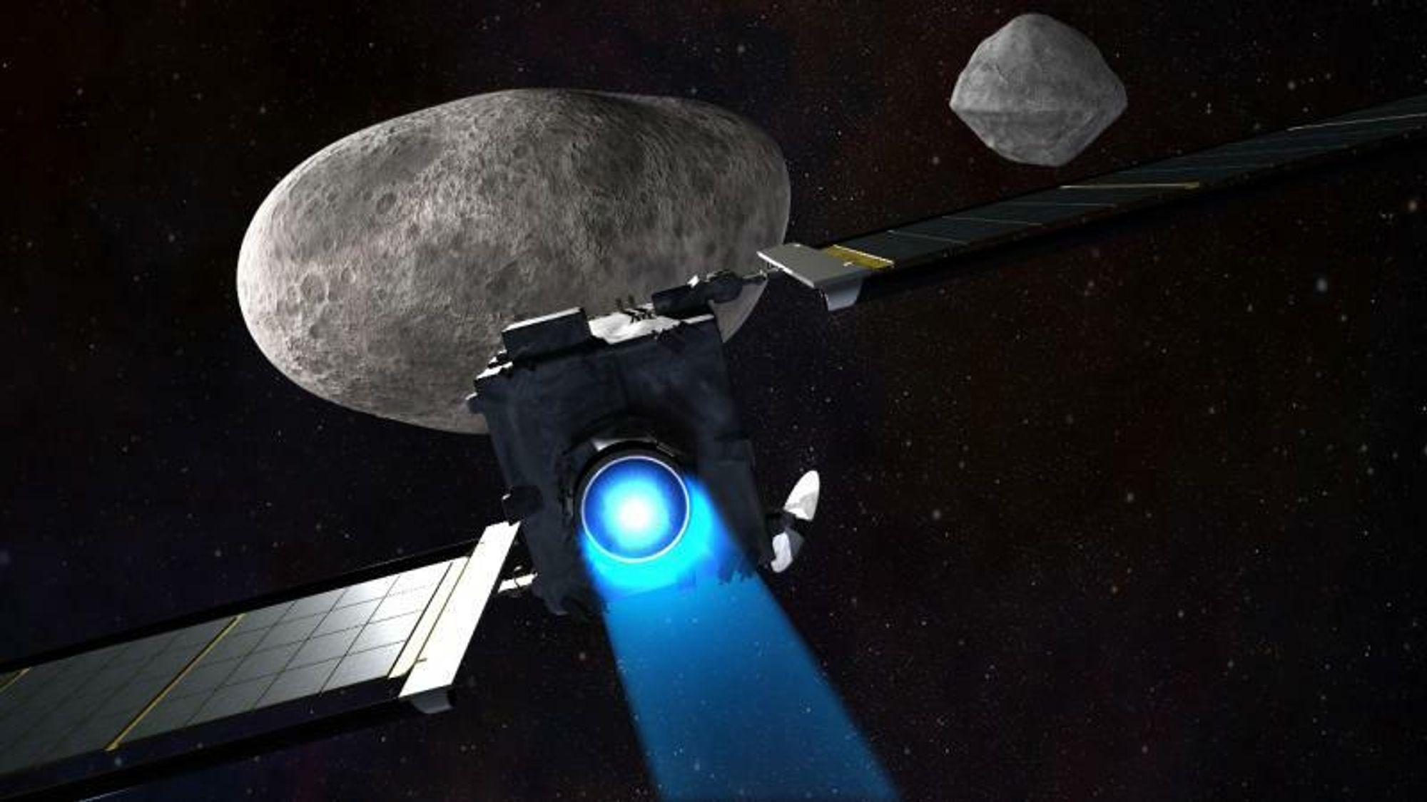 Med sin kraftige NEXT ionemotor vil romfartøyet DART smelle inn i asteroiden med 17,5 ganger lydens hastighet. Hvis den treffer...