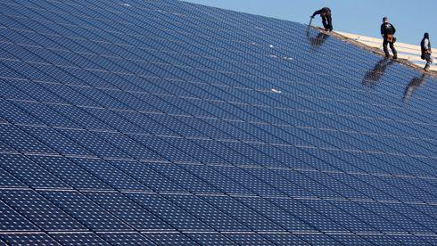 Norfund investerer nesten 900 millioner i indisk solenergiselskap