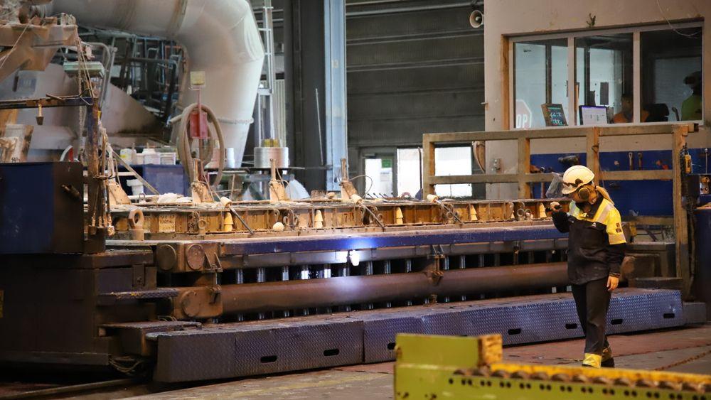 Alcoa Mosjøen er blant bedriftene som frykter for konsekvensene dersom CO2-kompensasjonen blir fjernet. Aluminiumsverket bruker 2,9 TWh i året.