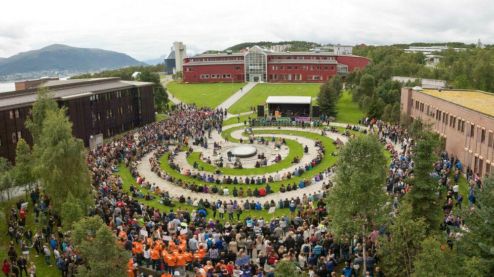 Norges arktiske universitet har ledige studieplasser ved flest ulike ingeniør- og realfagstudier. Her fra semesterstart ved UIT i 2014.