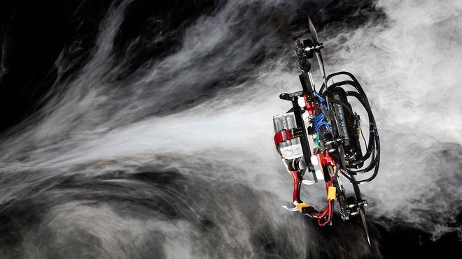 Disse autonome dronene slår mennesker i dronerace