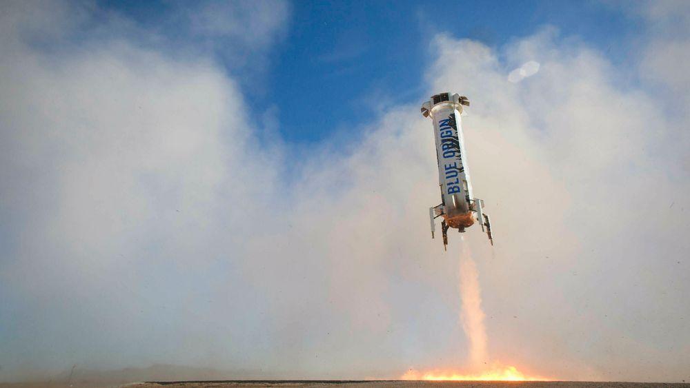 Jeff Bezos mener vi skal flytte industri til verdensrommet for å beskytte planeten vår. Her er hans romfartøy New Shepard, som er utviklet av Blue Origin.